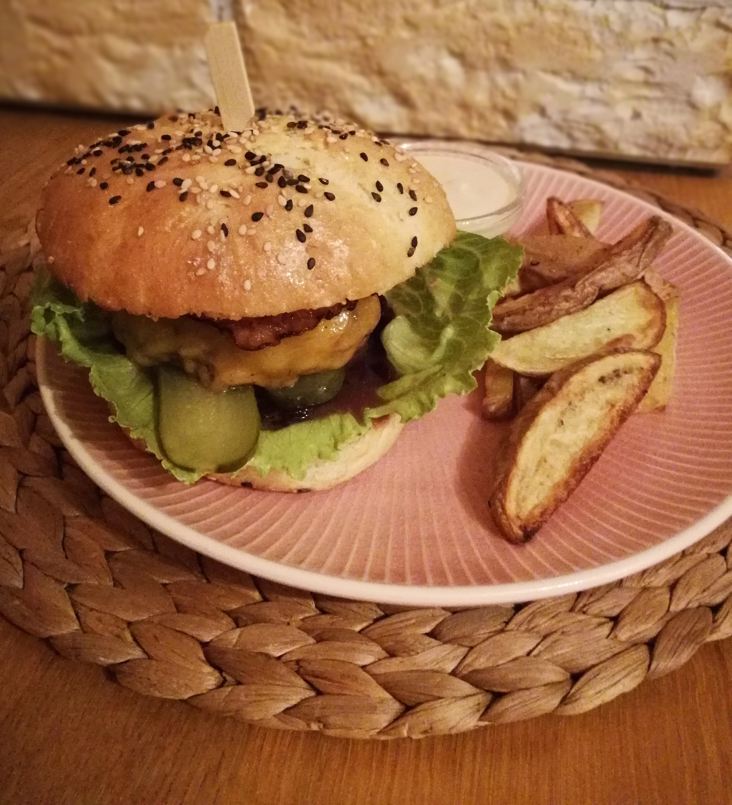 Domácí cheeseburger