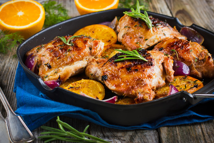 Kuře na pomerančích