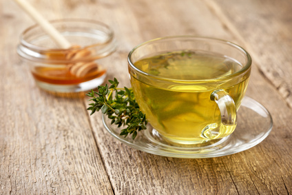 Tymiánový čaj proti kašli a akné