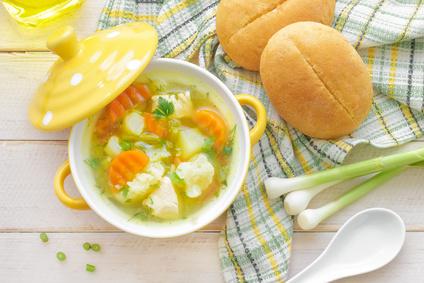 Květáková polévka s bramborem