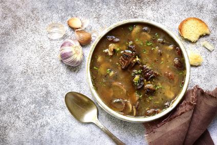 Houbová polévka z čerstvých hub